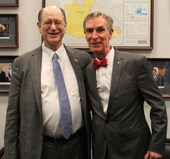 "Sherman Meets with Bill Nye ""The Science Guy"""